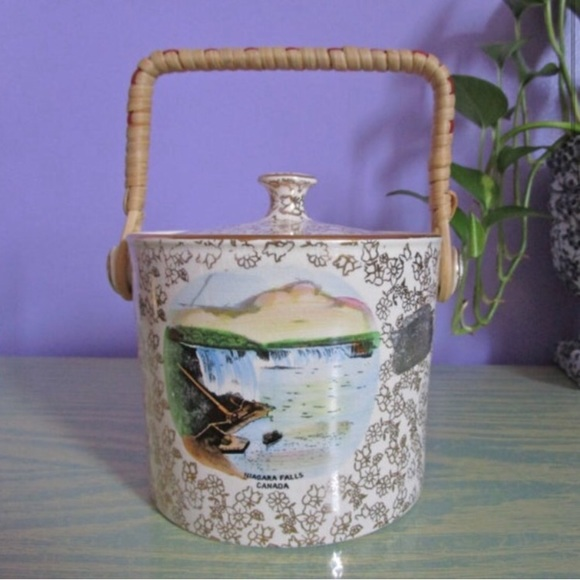 "Vintage Other - Vintage ""Biscuit Barrel"" from Niagara Falls"
